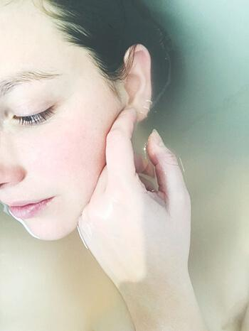 Acne and other skin diseases can be caused by lack in magnesium