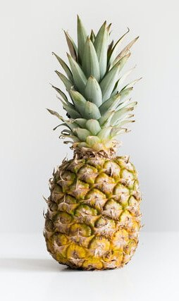 Lung cleansing food pineapple filled with vitamin c