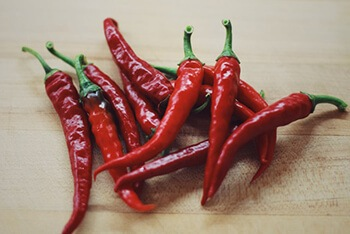 Cayenne pepper contains capsaicin, which has been found in studies to help clear sinuses