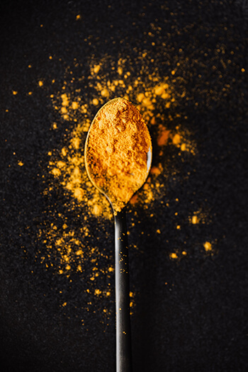 Combine a tablespoon of turmeric and your choice of low fat milk to make turmeric milk