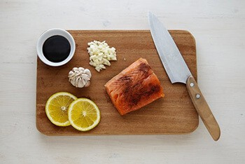 Use Hydrogen peroxide to kill bacterias in the chopping board