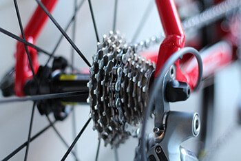Use an old toothbrush to clean bike chains