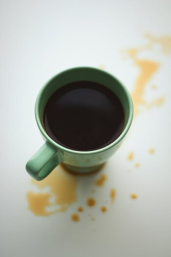 use baking soda to remove coffee stains