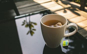 a cup of tea can help overcome stomach pain
