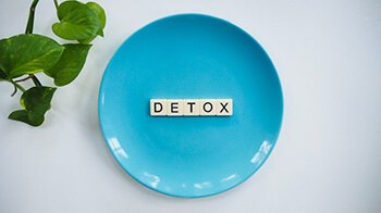 aids in detoxification