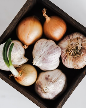 garlic and onion are more likely to trigger reflux