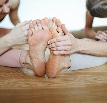 can help fight foot odor
