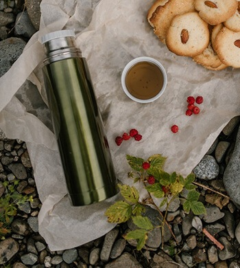 clean thermos using baking soda