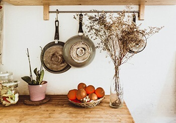 remove stains on pots and pans