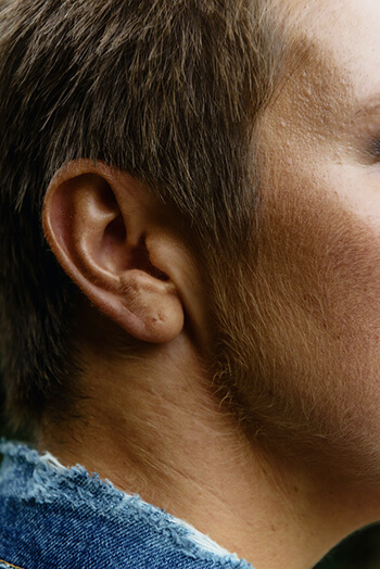 its antimicrobial properties can help treat earache