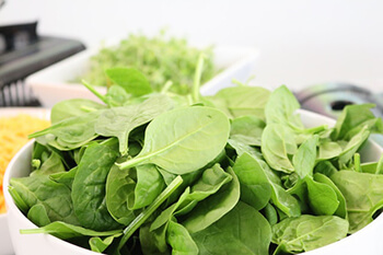 spinach is high in manganese and b-vitamins good for the hair